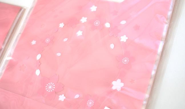 桜柄の手抜きクリアギフトバッグ